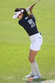 - All About Golf Girl Golf Outfit, Cute Golf Outfit, Girl Outfits, Girls Golf, Ladies Golf, Women Golf, Golf Tips For Beginners, New Golf, Womens Golf Shoes
