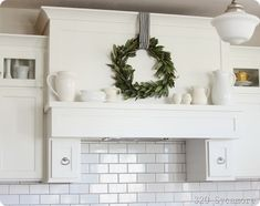 simple range hood decor