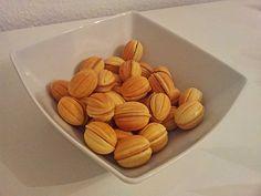 Moskauer Nüsse (Oreschki), ein gutes Rezept aus der Kategorie Kekse & Plätzchen. Bewertungen: 10. Durchschnitt: Ø 4,3.