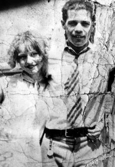 Photograph of a young Bonnie Parker (before her adventure with Clyde) was about sixteen or seventeen, with her husband Roy Glenn Thornton. He spent more time in prison than with her until 1929 made the decision to break up with him but must retain a strong sense of affection for him because he always kept his wedding ring put in his hand. Roy would die in 1937 shot while trying to escape from prison in the company of other prisoners