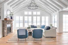 White sectional sofa and navy accent chairs. Best kid friendly white sectional sofa in easy to clean performance linen fabric. Cottage Living Rooms, Living Room White, White Rooms, Home Living Room, Living Area, Coastal Living, Navy Accent Chair, Accent Chairs, Accent Tables