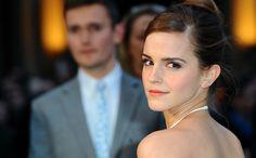 Emma Watson heeft een nieuwe liefde en hij is hot, kijk maar >>