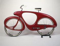 Benjamin G. Bowden (American, born England 1907-1998). Spacelander Bicycle, Prototype designed 1946; Manufactured 1960.  Vélo forme #organique  ->courbes rappellent le #mouvement  ->une seule unité homme/vélo - mouvement/nature