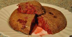 Malinová rýchlovka :) Šťavnatosť  závisí od počtu malín, ktorý dáte :) Extra tip : potrieť arašidovým maslom :)