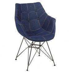 Silla de diseño con patas de metal y asiento tapizado, color Vaquero Azul. Medidas: 43x58x83 cm