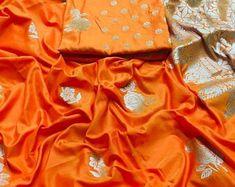 Soft linen silk saree/ orange saree/ saree for women/ designer saree/ traditional saree/ bridal saree/ indian saree/ saree blouse/ saree Orange Saree, Work Sarees, Latest Sarees, Traditional Sarees, Indian Sarees, Sarees Online, Saree Blouse, Salwar Kameez, Designing Women