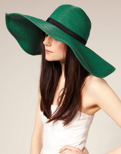 This hat is gorgeous.