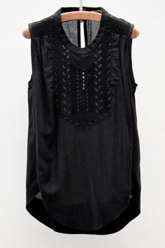 this is pretty. love the mix of textures. Isabel Marant