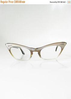 9151e4b64a5 Cat Eye Eyeglasses 1960s Sunglasses Cateye Clear Pearl Pearlescent Womens  Ladies Girls Teens 60s Mad Men Mid Century Modern Mod Titmus
