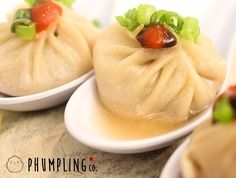 In the whirlwind of food mashups, perhaps you forgot about the Phumpling, the crossbreed of xiao long bao (aka soup dumplings) with pho, a Vietnamese soup packed with delicious herby flavors. Well Phumpling Co. is returning to the food scene this month with a brand new home inside Williamsburg's Artist & Fleas, the packed indoor market on North 7th Street.