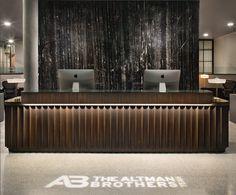 Hotel Reception Desk, Office Reception Design, Lobby Reception, Black Reception Desk, Hotel Lobby Design, Hotel Interiors, Decoration, Beverly Hills, Receptionist Desk