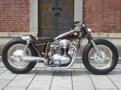 Kawasaki W650 by Gravel Crew