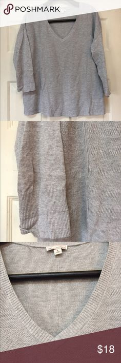Gap gray sweater medium EUC Excellent condition. Smoke and pet free home. Bundle discount 20% . Light weight sweater and loose fit GAP Sweaters V-Necks