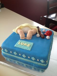 2nd baby bum cake made with MMF.  Loved the blue color on this one!