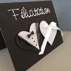 Carte félicitation mariage noir et blanc avec costume et robe en coeur