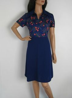 Vintage 1970s Floral Short Sleeved Dress With Pointed Collar available to buy online at Virtual Vintage Clothing £23