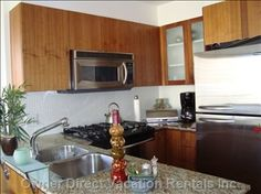 One-bedroom condo unit with secured building access located in the corner of Robson and Seymour Vancouver Vacation, 2010 Winter Olympics, Natural Scenery, One Bedroom, Rental Apartments, Vacation Rentals, Condo, The Unit, Dining