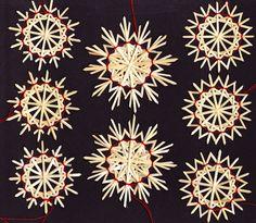 "8 Strohsterne im Set ""Orion"" German straw ornaments Scandinavian Christmas Ornaments, Swedish Christmas, Christmas Snowflakes, Holiday Ornaments, Winter Christmas, Vintage Christmas, Straw Crafts, Holiday Crafts, Straw Decorations"