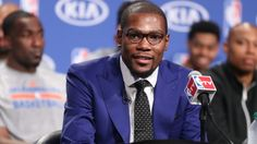 Oklahoma City Thunder's Kevin Durant accepts the 2013-14 Kia Most Valuable Player award, thanking his family, his teammates and the entire Thunder organization.