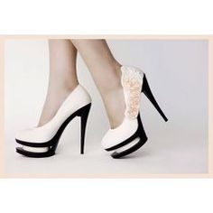 best wedding high heels bridal Best Wedding High Heels and Tips to Choosing an Elegant and Comfortable High Heels to Wear in Party Super High Heels, Black High Heels, High Heels Stilettos, Shoes Heels, Fab Shoes, Prom Shoes, Flats, Wedding High Heels, Wedding Shoes