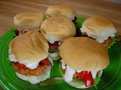 Tandoori Chicken Sliders #chicken RecipeZazz.com