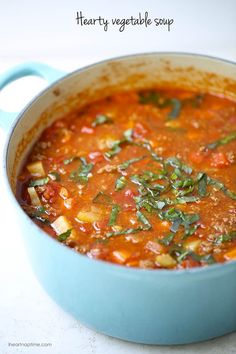 Vegetable Soup One-pot hearty vegetable soup. Easy to make, healthy and completely delicious! Also a whole 30 recipe!One-pot hearty vegetable soup. Easy to make, healthy and completely delicious! Also a whole 30 recipe! Hearty Vegetable Soup, Vegetable Soup Recipes, Vegi Soup, Easy Veggie Soup, Corn Soup, Tomato Soup, Veggie Food, Whole30 Dinner Recipes, Cooking Recipes