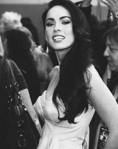Megan Fox love her hair Teen Choice Awards, Pretty People, Beautiful People, Tennessee, Megan Denise Fox, Usain Bolt, Celebrity Gallery, Michael Phelps, Alexander Skarsgard