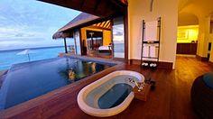 Bath over looking ocean
