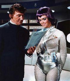 <0> #SpaceGirl, Retro-Futuristic, UFO. http://www.pinterest.com/jr88rules/early-horror-sci-fi/