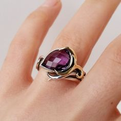 Fran Barker Design || Peacock collection || Cherckerboard Amethyst Peacock Ring ||  £530 || Available for worldwide shipping #ring #amethyst