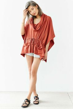 Silence + Noise Maddox Draped Poncho Top - Urban Outfitters
