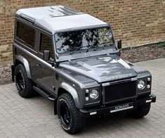 Defender 90, Land Rover Defender, Automobile, Offroader, Mens Toys, Four Wheel Drive, My Ride, Cool Cars, Landing