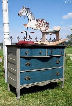colors compliment aubusson blue annie sloan   Color: Coco, Annie Sloan Chalk Paint. Beautifully redone dresser from ...