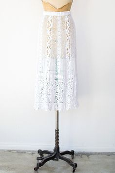 vintage 1970s white bohemian crochet skirt. @Kylie Offutt , when you get super skilled you need to make me one of these.