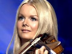 Celtic Woman - Mairead Nesbitt