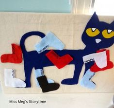Pin the shoes on Pete and other ideas - Pete the Cat Party