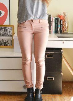 Kup mój przedmiot na #vintedpl http://www.vinted.pl/damska-odziez/rurki/8632424-rozowe-jasne-jeansy-rurki-spodnie-bladorozowe-pudrowe-nude-m-38-s-36
