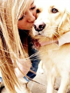 A girl and her dog; an inseparable bond! ♥ Photo Session Ideas | Props | Prop | Senior Photography | Clothing Inspiration| Fashion | Pose Idea | Poses | Pet | Portraits