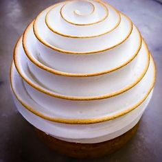 Meringue perfection by @chefalexiswatrin | Lemon & Yuzu meringue tart made with turntable.... ⭐️ ⭐️ Follow @cookniche for Trendy Recipes Follow @cookniche for Culinary inspirations Follow @Cookniche for Beautiful Dishes ⭐️ ⭐️ #Cookniche #gastronomia #gastronomy #sgfood #sgfoodies#thefeedfeed #food52 #foodgram#gourmet #instagourmet #instafood #food #foods #foodart #chefs #topchef #masterchef #instagramfood #gastronomy #f52grams #creative #culinary #culinaryart #plating #dessert #desserts...
