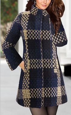 Stand Collar Woolen Plaid Mid-length Slim Coat (would also look fab with jeans - S๏ ̮๏zie likes ! Hijab Fashion, Fashion Dresses, Coats For Women, Clothes For Women, Stylish Coat, Coat Patterns, Mode Hijab, Winter Dresses, Designer Dresses