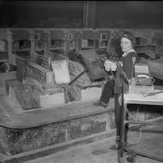 "Loretta Roach, a ""Magnesium Maggie"" at Basic Magnesium, Inc. in Henderson, Nevada."