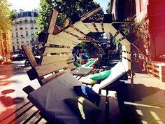 Echelle Un : une nouvelle terrasse s'installe sous la Coulée verte.  à la fois restaurant, bar, club, pop up store et terrasse, est situé 29 avenue Daumesnil, Paris 12ème. Ouvert du mardi au dimanche de 10h à 2h du matin. Verre de vin à 6 €, pinte de bière à 6,50 €, Granizados à 8 €, planches mixtes à 13 € et foccacias entre 6 € et 7 €.