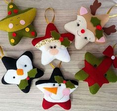 Indoor Christmas Decorations, Felt Christmas Ornaments, Christmas Fabric, Christmas Pillow, Christmas Items, Diy Christmas Gifts, Kids Christmas, Felt Crafts Diy, Theme Noel