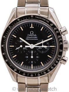 """Omega Speedmaster """"Moonwatch"""" ref 145.0022/345.0022 """"Tritium"""" circa 1996 (Copy) - Omega Speedmaster Moonwatch, ref 145.0022/3570.50 """"Tritium"""", movement serial # 48.3 million circa 1996, with great vintage style dial. Featuring a 42mm diameter stainless steel case with black tachometer bezel, acrylic crystal, and original matte black dial with all intact aged tritium luminous indexes and hands. This is actually the very last Speedmaster to feature a tritium dial, the end of a long and storied… Modern Watches, Vintage Watches, Omega Speedmaster Moonwatch, Man On The Moon, Bracelet Sizes, Watch Sale, Stainless Steel Watch, Chronograph, Bracelet Watch"""