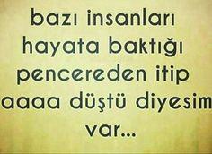 Aaa düştü mal..! Turkish Language, Funny Times, S Word, Meaningful Words, Cool Words, Funny Cats, Have Fun, Comedy, Lol