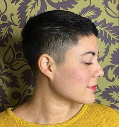 Buzz Cut Women, Short Hair Cuts For Women, Short Hairstyles For Women, Short Hair Styles, Pixie Styles, Butch Haircuts, Short Pixie Haircuts, Pixie Hairstyles, Diy Haircut