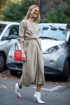 Spring 2018 street style summer, street look, street style looks, stree Fashion Week Paris, Looks Street Style, Street Style Summer, Celine, Beige Outfit, Look 2018, Mode Inspiration, Mode Style, Street Chic