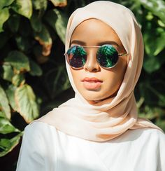 """Hijab Fashion on Instagram: """"Meet up today @pretaporter_my in beautiful Kuala Lumpur at G Village with @feeeeya and @mode.ste for their Spring-Summer capsule collection launch! Collection will also be available online! Credit: @w.kafi #hfupclose"""""""