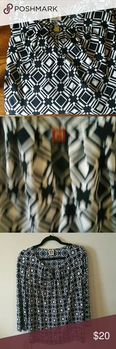Must have piece Euc very versatile Anne Klein Tops Blouses