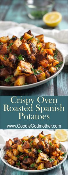 Crispy Oven Roasted Spanish Potatoes - - This recipe has a hint of lemon, the right amount of paprika, and an incredible crispy texture. These crispy oven roasted Spanish potatoes are delicious! Mexican Food Recipes, New Recipes, Vegetarian Recipes, Cooking Recipes, Healthy Recipes, Ethnic Recipes, Spanish Recipes, Spanish Meals, Spanish Tapas